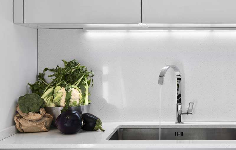 ¿Cómo debo lavar las frutas y las hortalizas por el covid19?